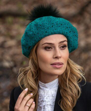 Caciula de dama stil bereta cu pompon din blanita Anesava