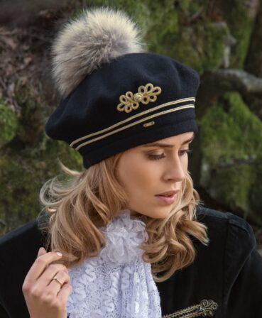 Caciula de dama stil bereta cu pompon din blanita Marsineta