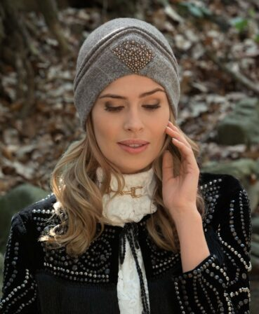 Caciula de dama stil turban Salivia