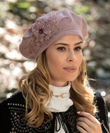 Caciula de dama tip bereta eleganta Uman